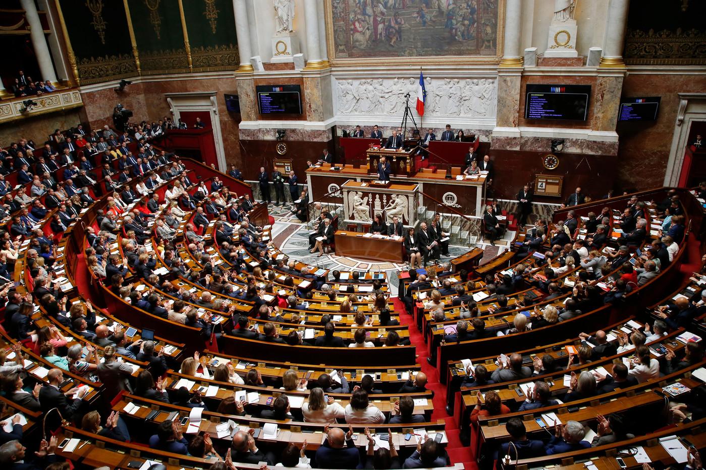Assemblée nationale / Les députés dans l'hémicycle
